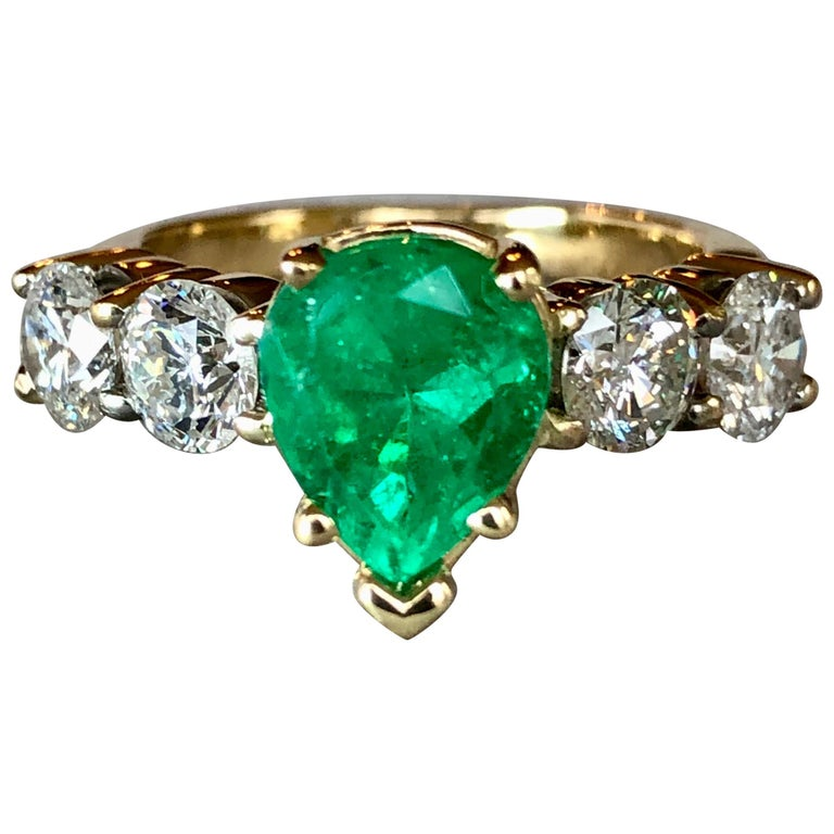 Colombian Emerald and Diamond Engagement Ring 14 Karat For Sale