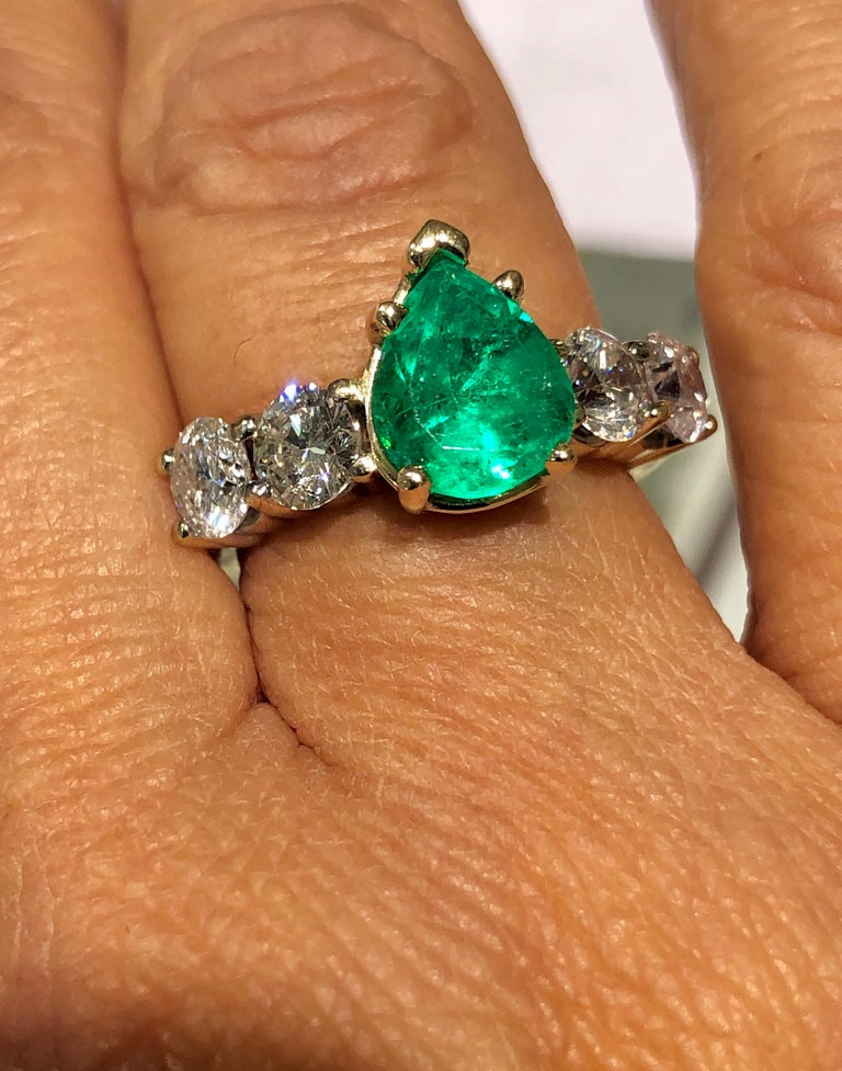 Women's or Men's Colombian Emerald and Diamond Engagement Ring 14 Karat For Sale