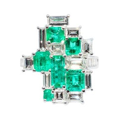 Colombian Emerald and Diamond Modern Cocktail Ring