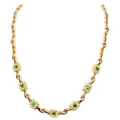 Colombian Emerald and Diamond Necklace in Classic Style