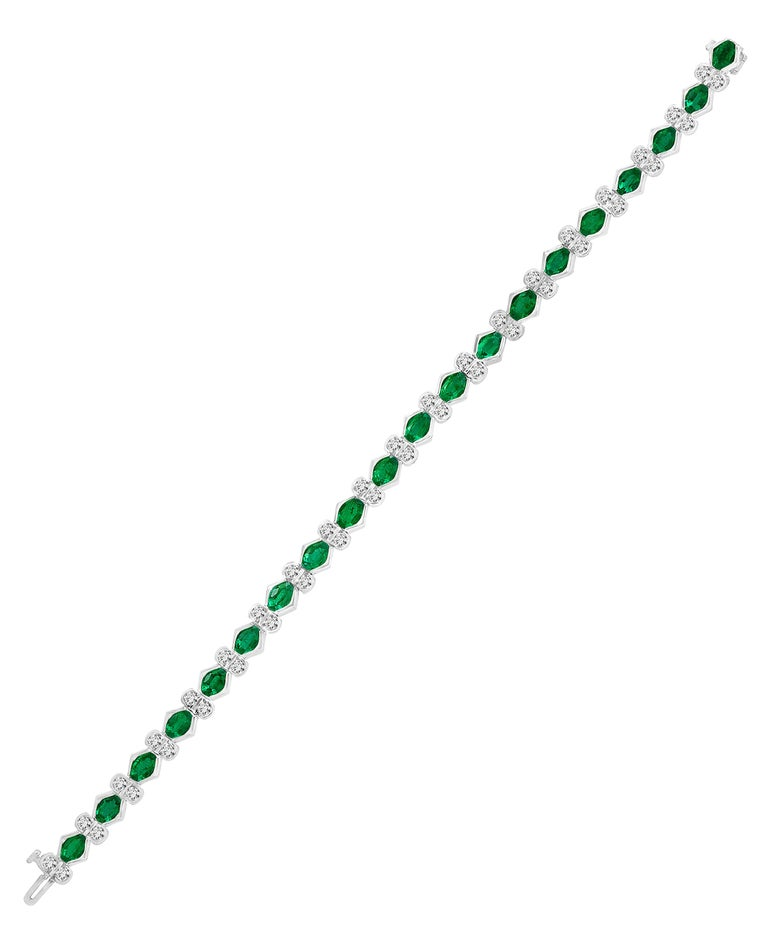 Colombian Emerald and Diamond Tennis Bracelet 18 Karat White Gold, Estate For Sale 5