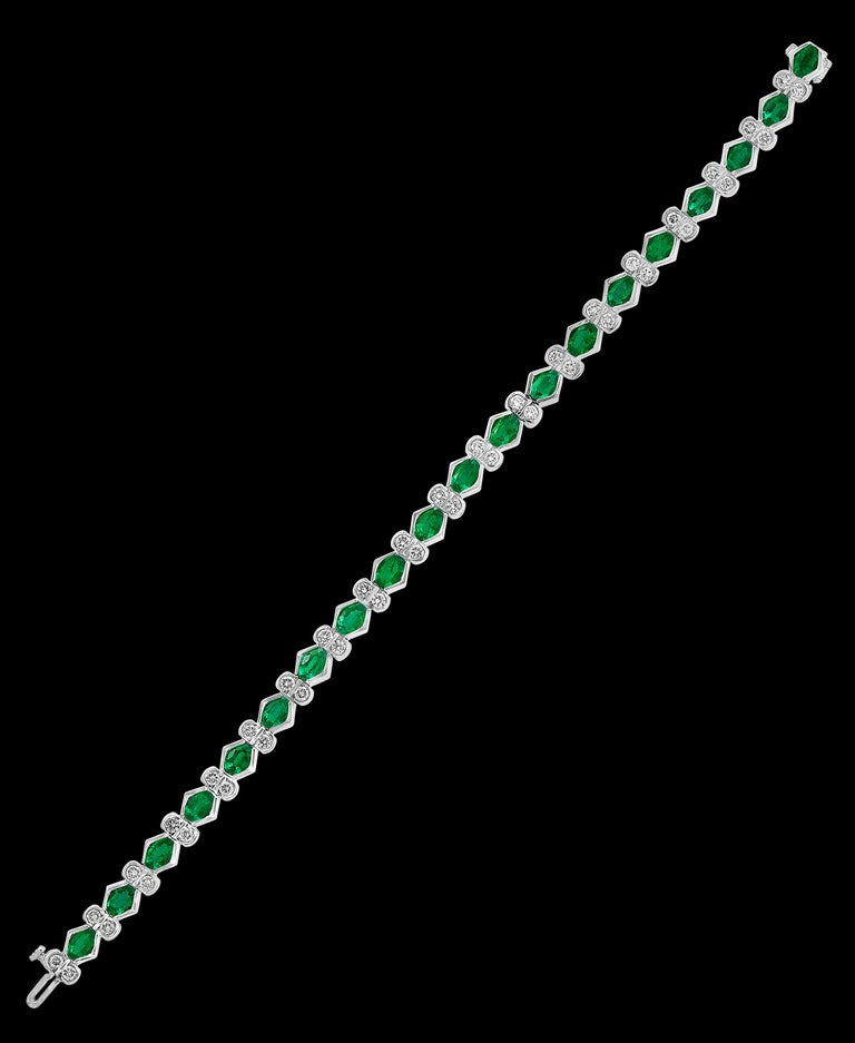 Colombian Emerald and Diamond Tennis Bracelet 18 Karat White Gold, Estate For Sale 3