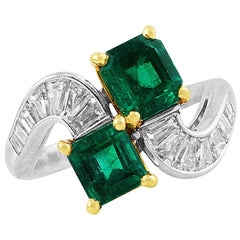 Colombian Emerald Bypass Ring GIA Certified