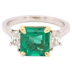Colombian Emerald & Diamond 18k White Gold Ring 2.80 Tcw