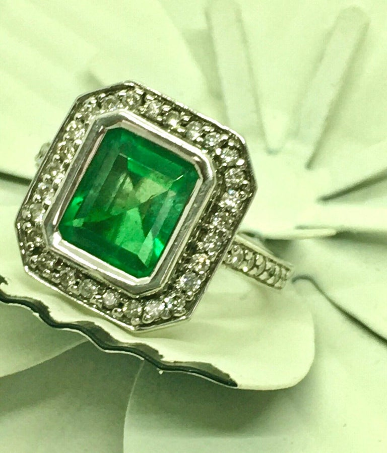 Colombian Emerald Diamond Art Deco Style Engagement Style Ring In Excellent Condition For Sale In Brunswick, ME