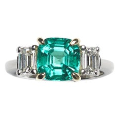 Colombian Emerald Diamond Gold Platinum Ring