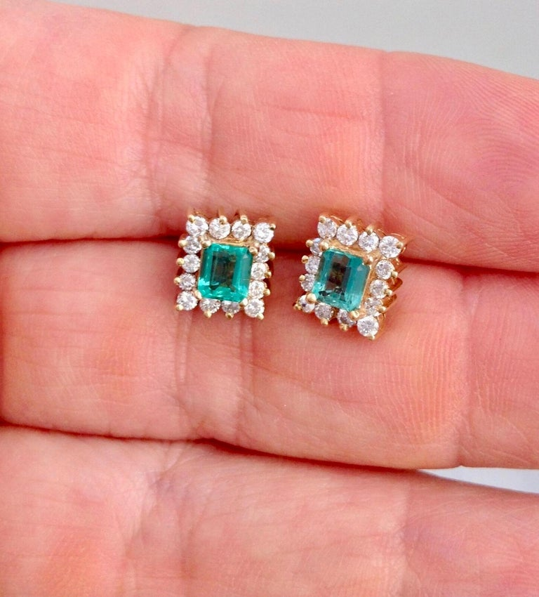 Emerald Cut Colombian Emerald Diamond Necklace and Earrings Suite 18K For Sale