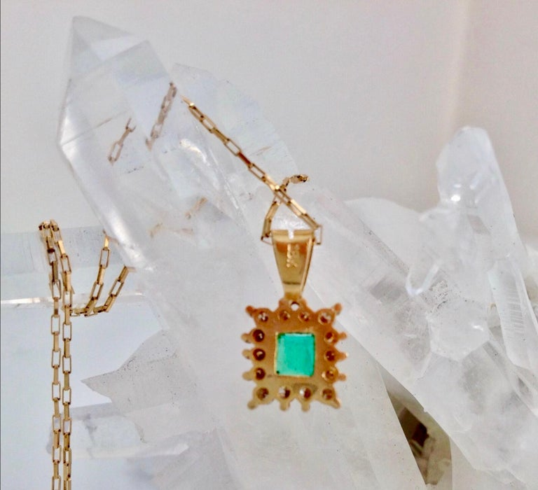 Colombian Emerald Diamond Necklace and Earrings Suite 18K For Sale 3