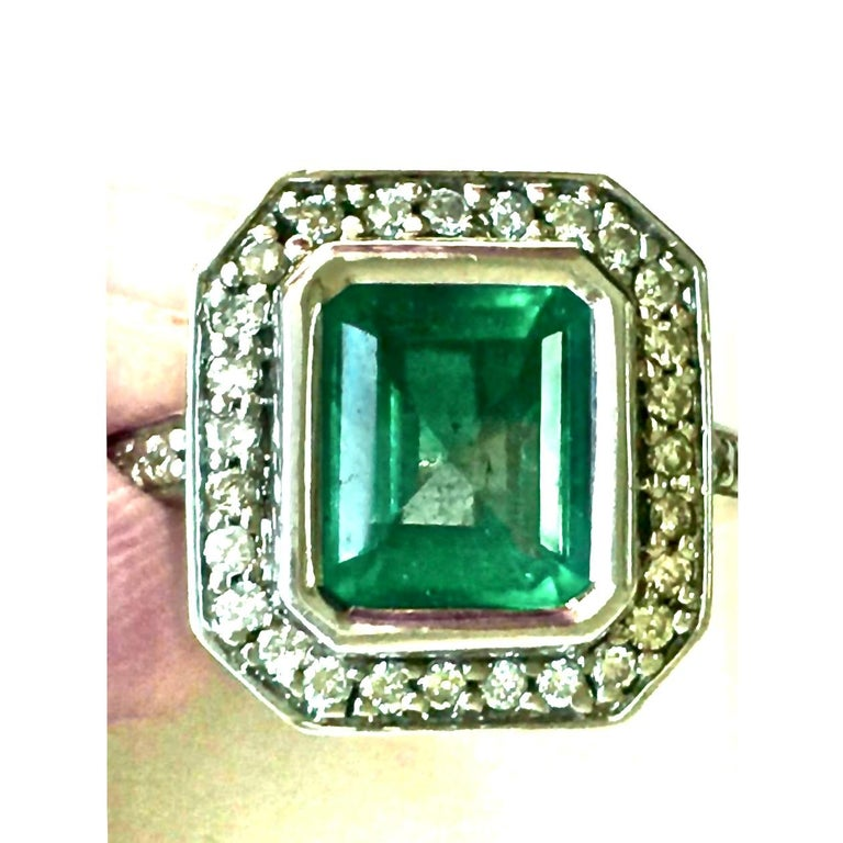 Colombian Emerald Diamond Art Deco Engagement Style Ring For Sale 6