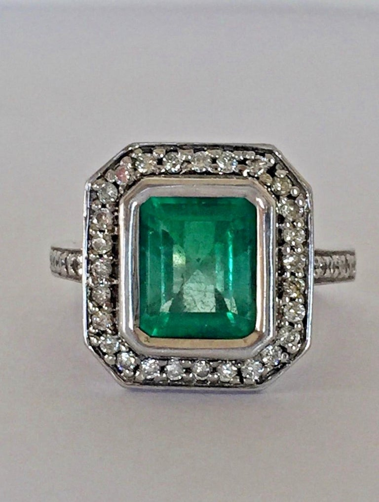 Colombian Emerald Diamond Art Deco Engagement Style Ring For Sale 3