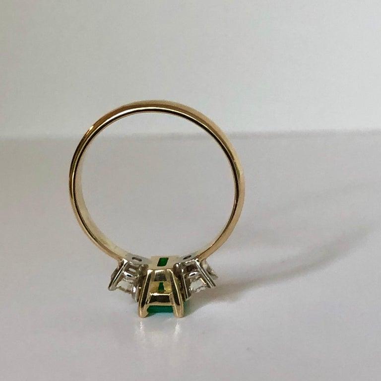 Colombian Emerald Diamond Three-Stone Engagement Ring 18 Karat For Sale 3