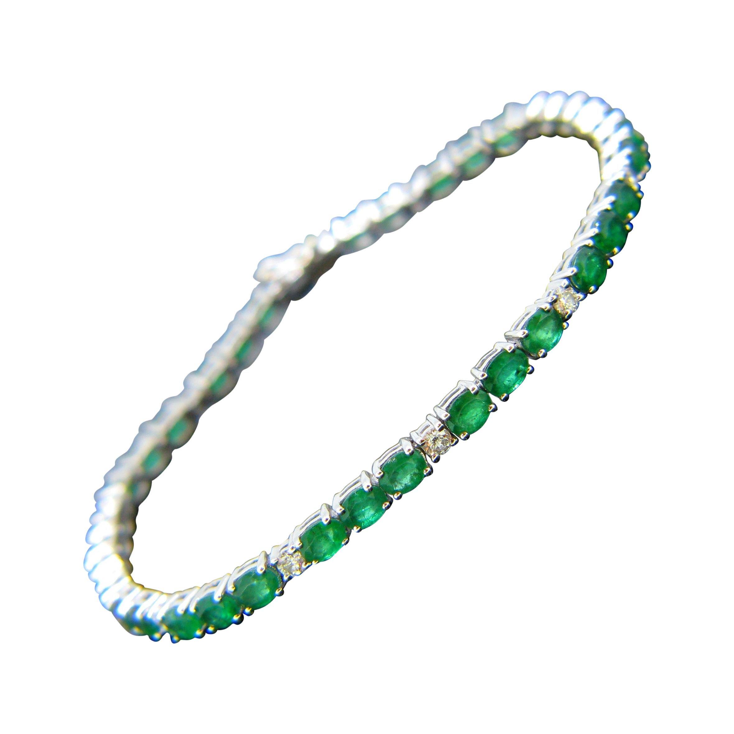 Colombian Emerald Diamonds Tennis Line White Gold Bracelet