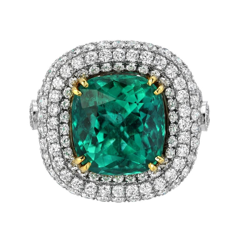 Colombian Emerald Platinum Gold Ring Cushion 9.07 Carat Gubelin Certified For Sale