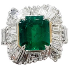 Colombian Emerald Rectangular Emerald Cut and White Diamond Cocktail Ring
