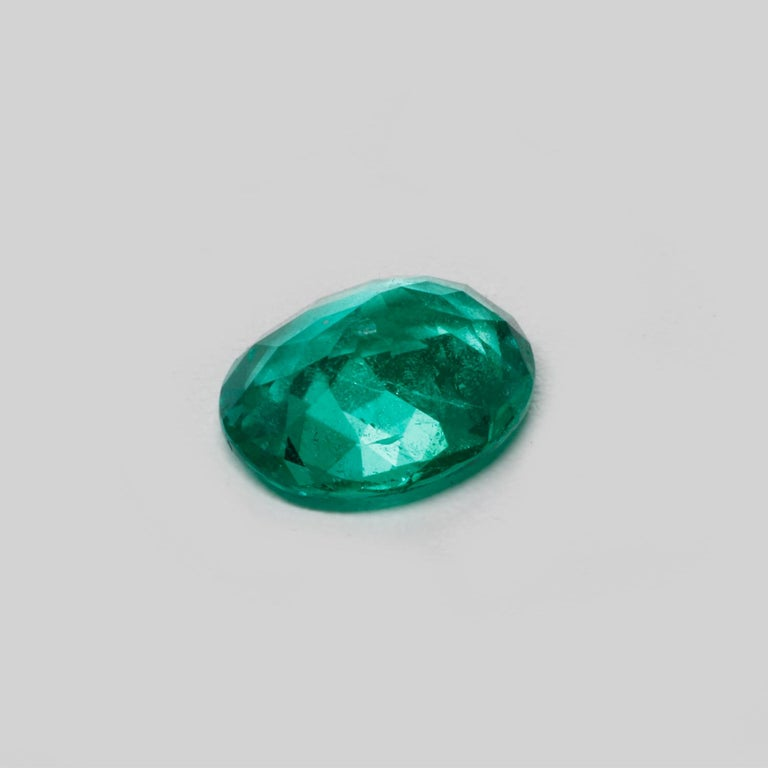 Oval Cut Colombian Emerald Ring Gem 1.78 Carat Weight For Sale