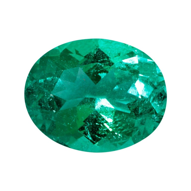 Colombian Emerald Ring Gem 1.78 Carat Weight For Sale