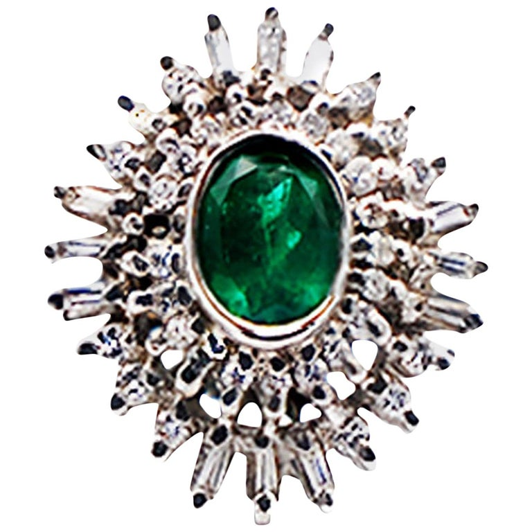 Colombian Emerald Spray Diamond Cocktail Ring 18 Karat White Gold For Sale