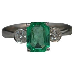 Colombian Emerald VS Diamond 18 Carat White Gold Trilogy Ring