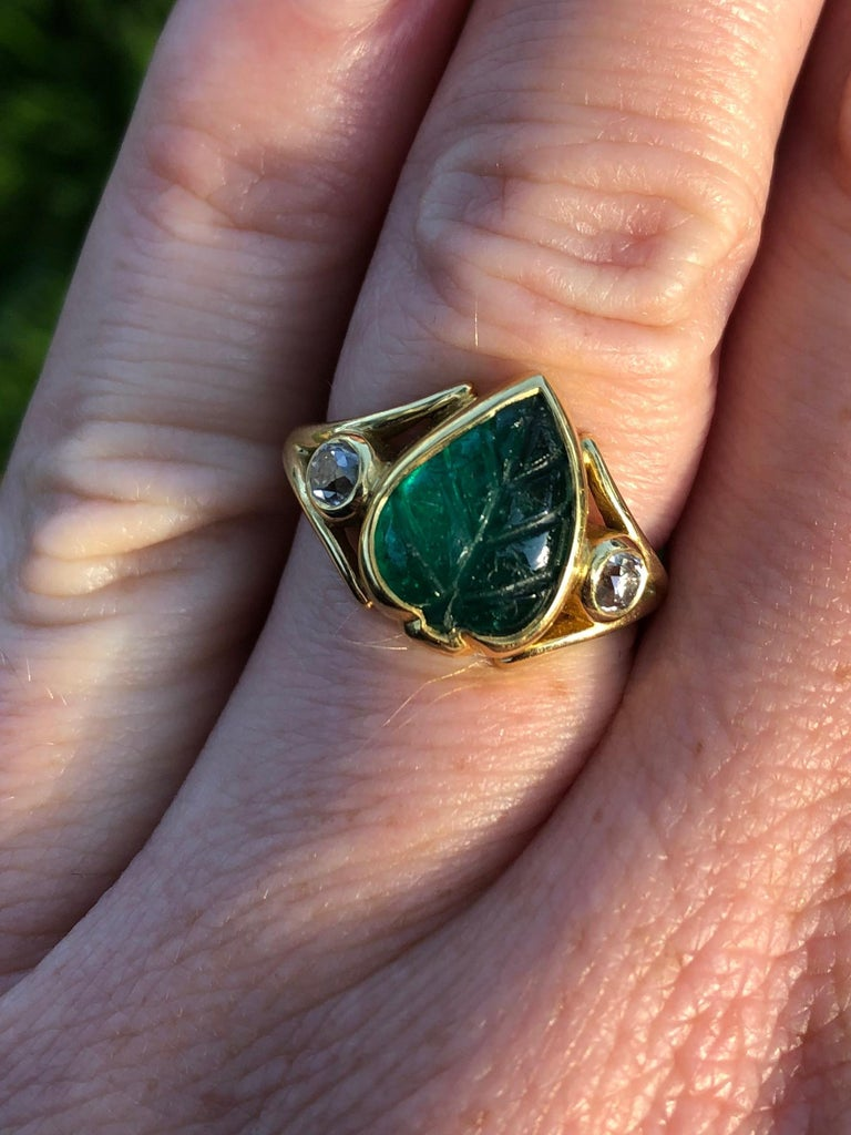 Artisan Colombian Muzo Emerald Carved Leaf and Diamond Ring For Sale