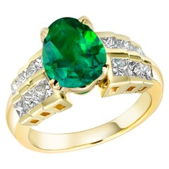 Colombia Pear Shape Emerald Diamond Cocktail Ring Weighing 4.26 Carat