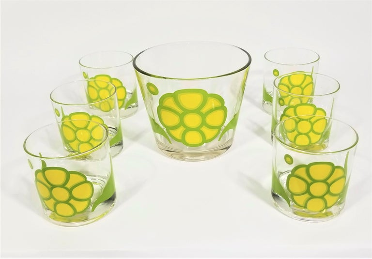 Colony Glassware Barware Mid Century Set of 6 with Ice Bucket In Excellent Condition For Sale In New York, NY