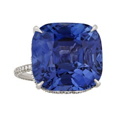 Color-Changing Sapphire Ring, 30.03 Carats