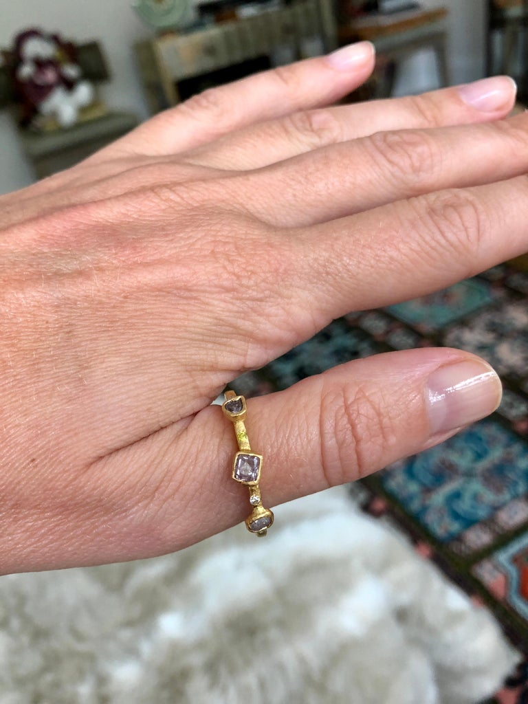 Color Diamond Tree-Stone Bezel Set in 22k Gold Engagement Bridal Ring Handmade   In New Condition For Sale In New York, NY