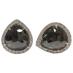 Colored Diamonds and White Diamonds White Gold 18 Karat Stud Earrings