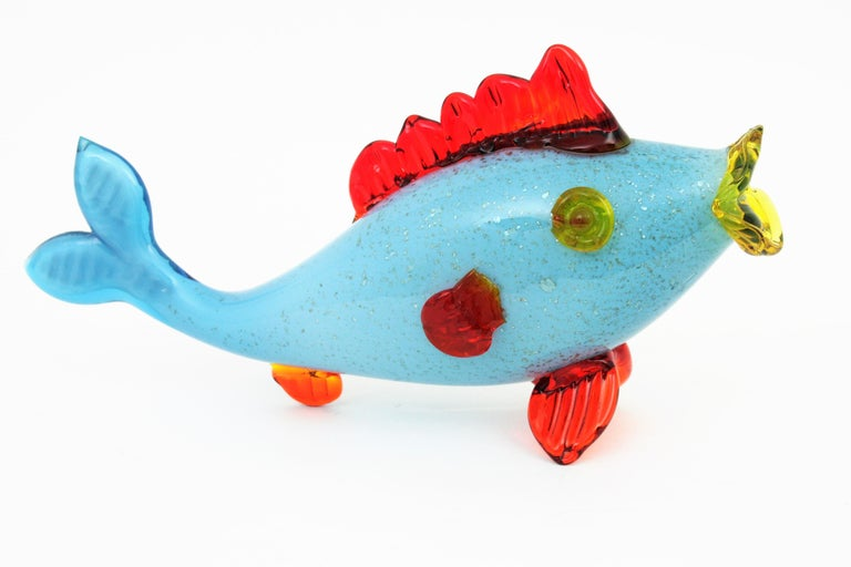Colorful Blue, Red and Yellow Silver Flecked Murano Art Glass Sexy Fish Figure In Excellent Condition For Sale In Barcelona, ES