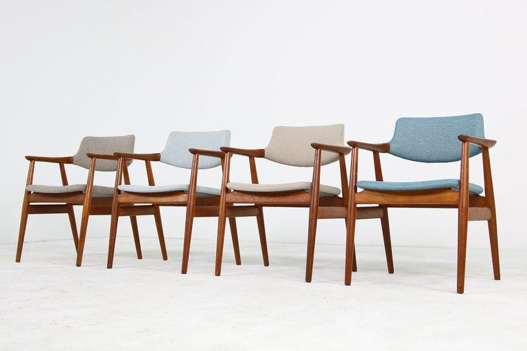Beautiful set of four 1960s armchairs, in a fantastic condition. Made in Denmark, designed by Svend Aage Eriksen, these chairs are also known as designed by Erik Kirkegaard. Danish modern design, manufactured by Glostrup Denmark. Four different,