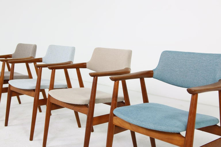 Colorful Set of Four 1960s Rare Svend Aage Eriksen Teak Armchairs, Danish Modern For Sale 1