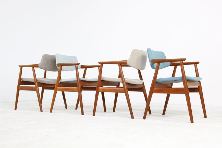 Colorful Set of Four 1960s Rare Svend Aage Eriksen Teak Armchairs, Danish Modern For Sale 2