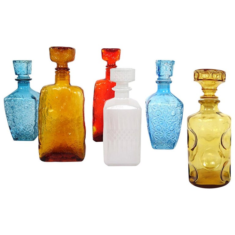 Colorful Set of Six Mid-Century Modern Glass Decanters by Empoli For Sale