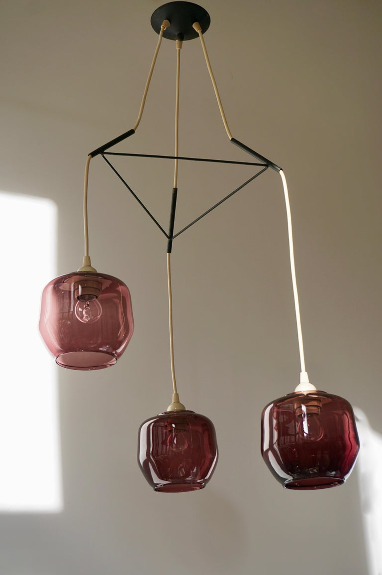 Colorful Three-Light Cased Murano Glass Chandelier, Italy, 1950s In Good Condition For Sale In Antwerp, BE