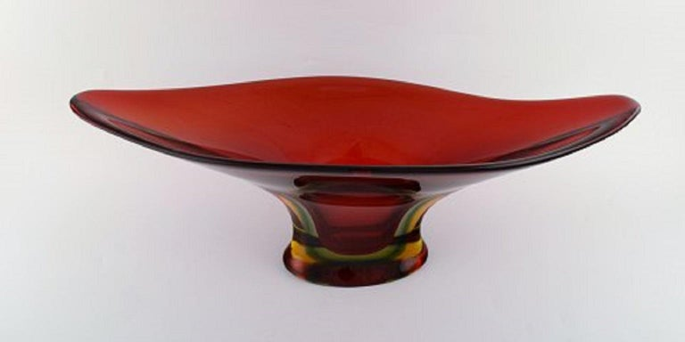 Mid-Century Modern Colossal Murano Vase in Mouth Blown Art Glass, 1960s-1970s For Sale