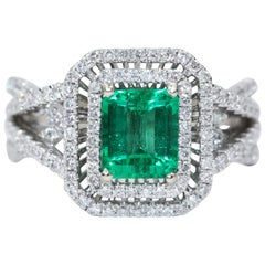 Columbia Natural Beryl Emerald  Insignificant Oil White Gold Diamond Ring 1.15ct