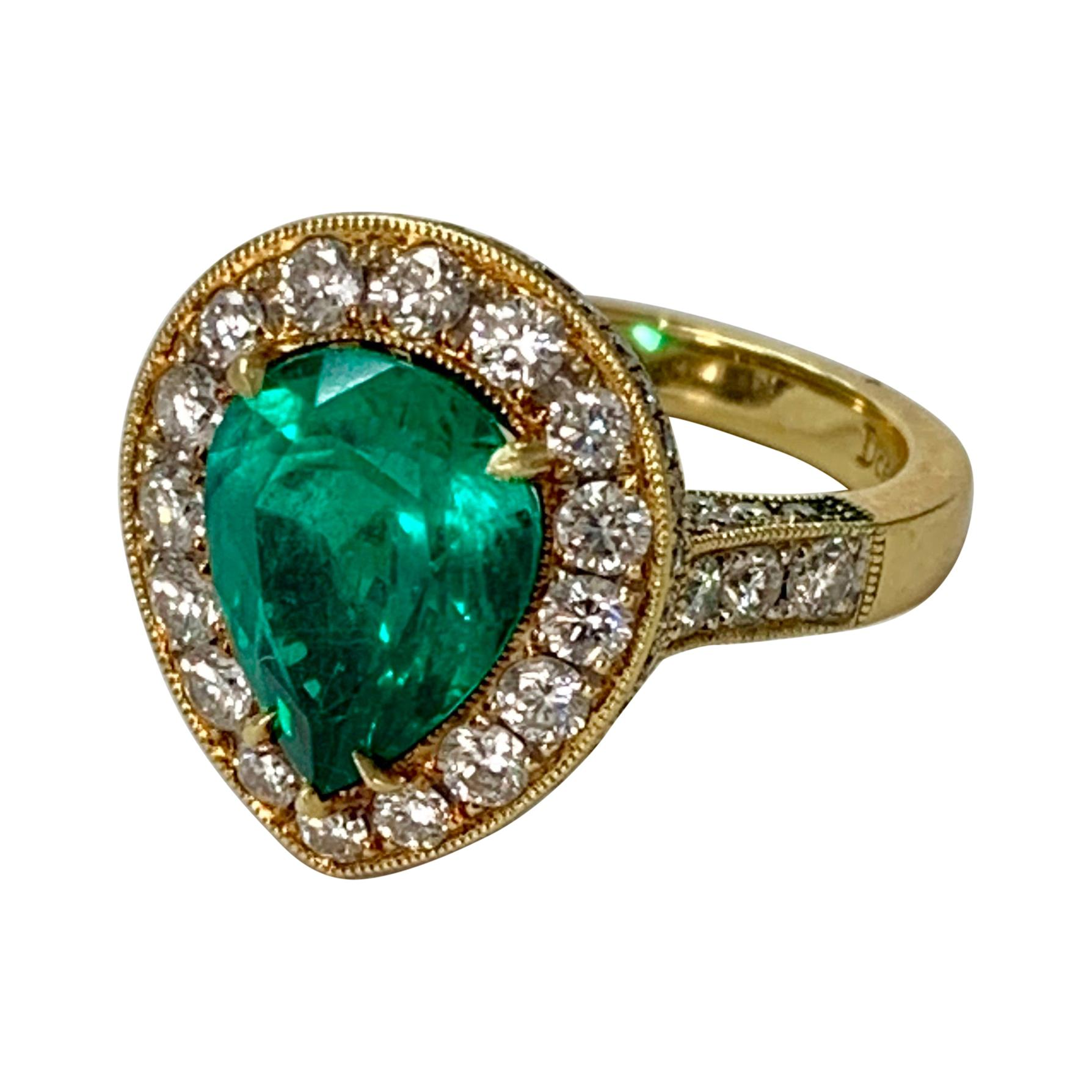 Columbian 3.25 Carat Emerald and Diamond Engagement Ring in 18K Yellow Gold