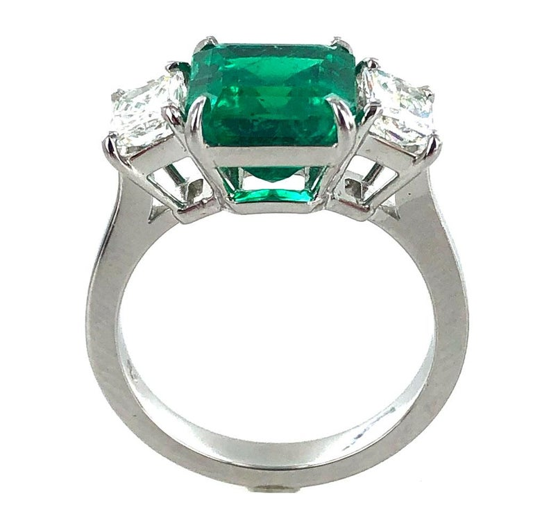Colombian Natural Emerald Diamond Platinum Three-Stone Ring GIA Certified For Sale 1
