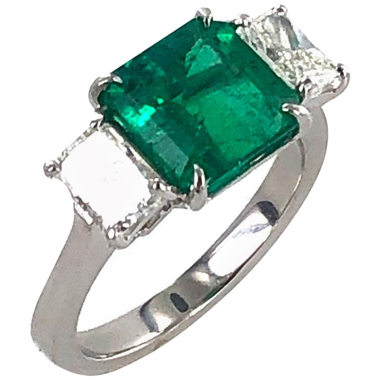 Colombian Natural Emerald Diamond Platinum Three-Stone Ring GIA Certified For Sale