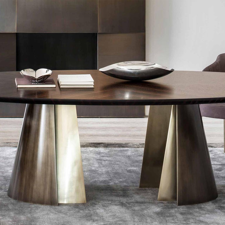 Comet Dining Table with Solid Ebony Top In New Condition For Sale In Paris, FR