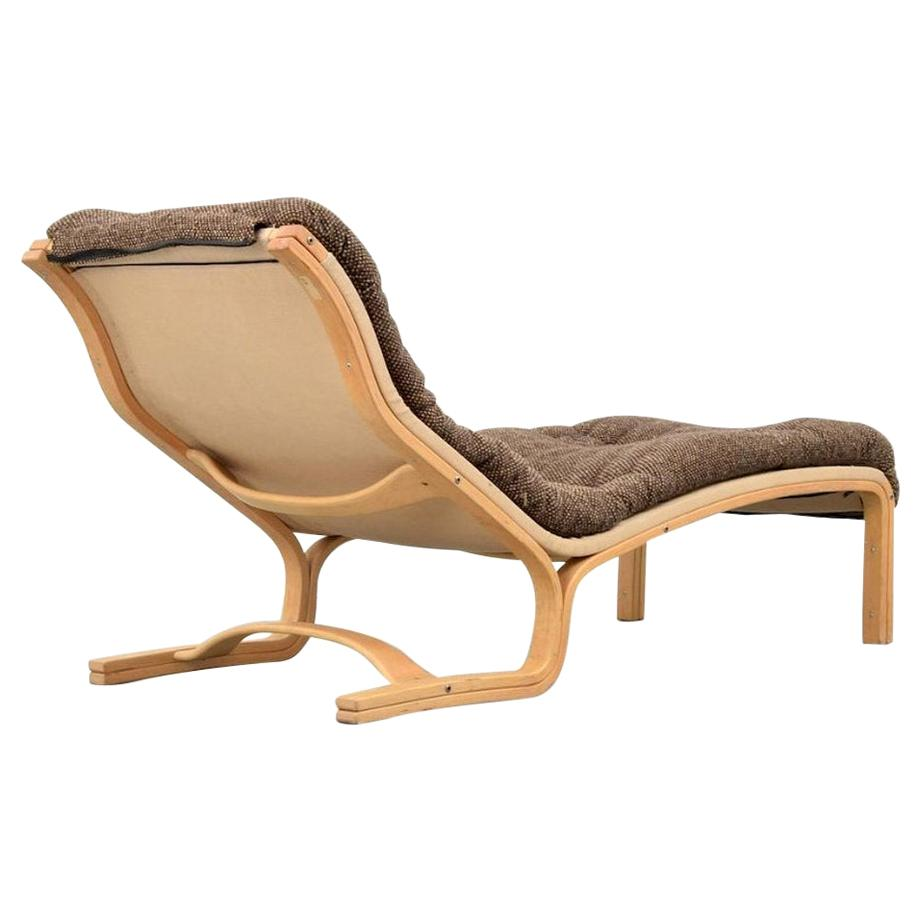 Comfortable Chaise Lounge by Esko Pajamies for ASKO