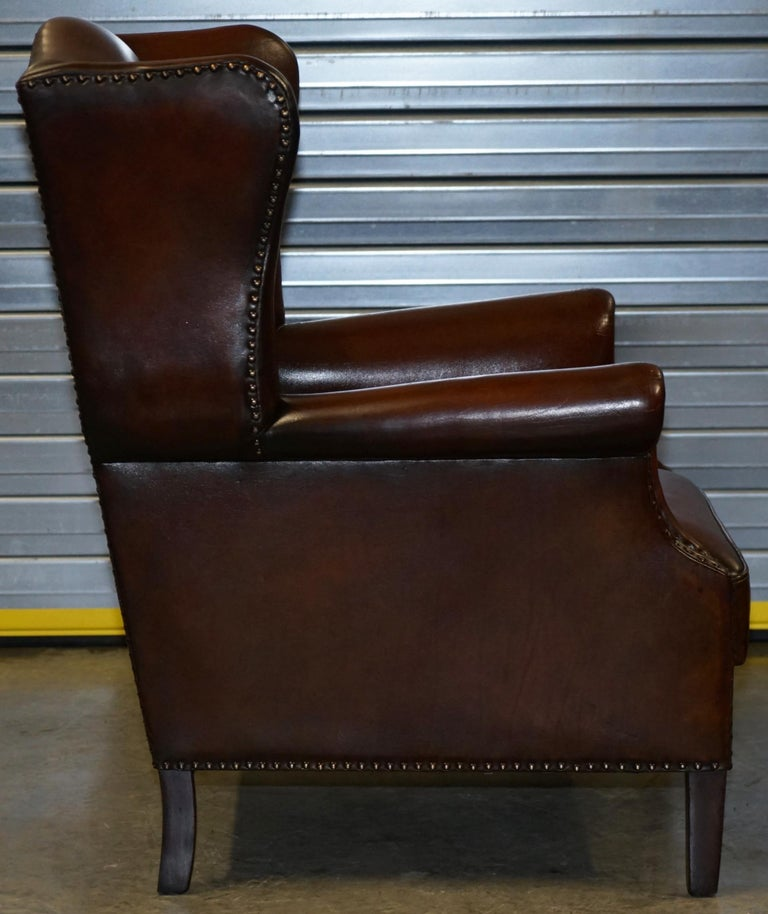 Comfortable Pair of Nice Vintage Restored Wingback Armchairs Cigar Brown Leather For Sale 3