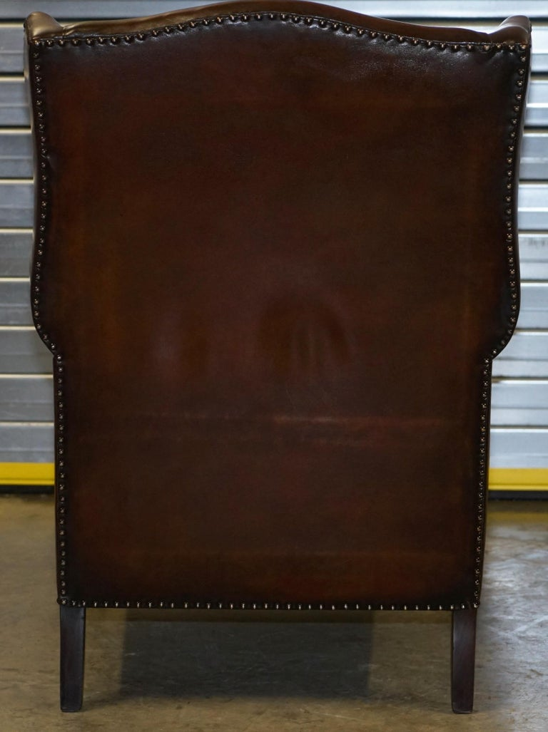 Comfortable Pair of Nice Vintage Restored Wingback Armchairs Cigar Brown Leather For Sale 4