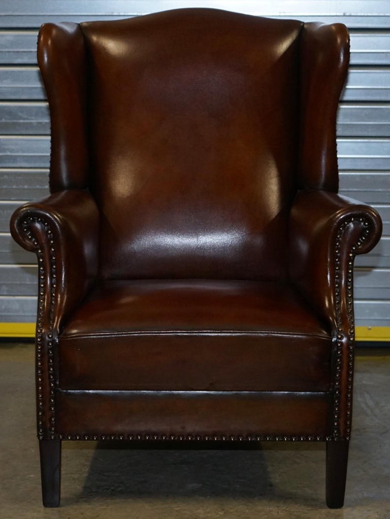 Comfortable Pair of Nice Vintage Restored Wingback Armchairs Cigar Brown Leather For Sale 7