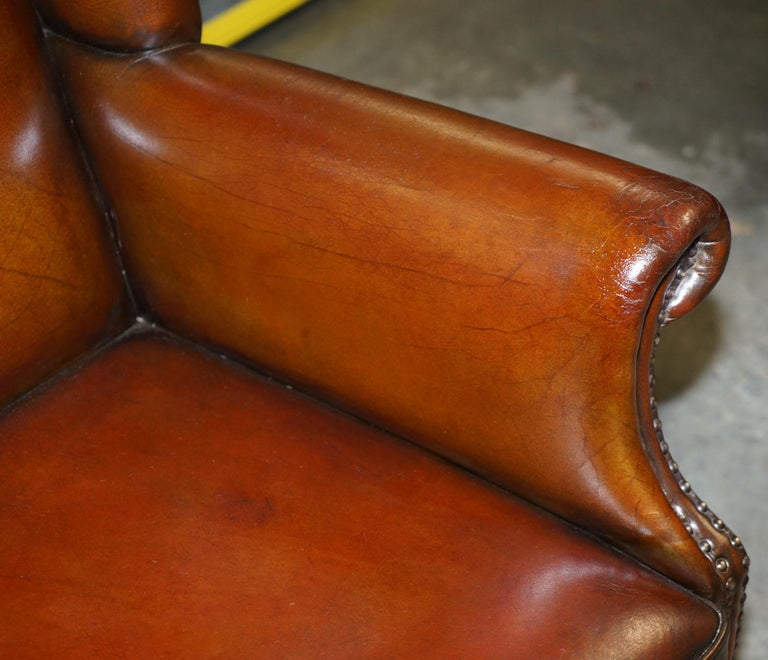 20th Century Comfortable Pair of Nice Vintage Restored Wingback Armchairs Cigar Brown Leather For Sale