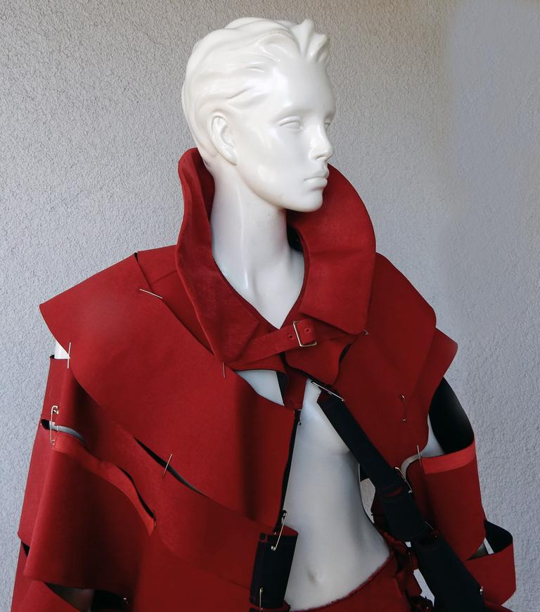 Comme des Garcons 2015 Roses & Blood Explosive Poppy Red Safety-Pin Cape & Skirt In Excellent Condition For Sale In Los Angeles, CA