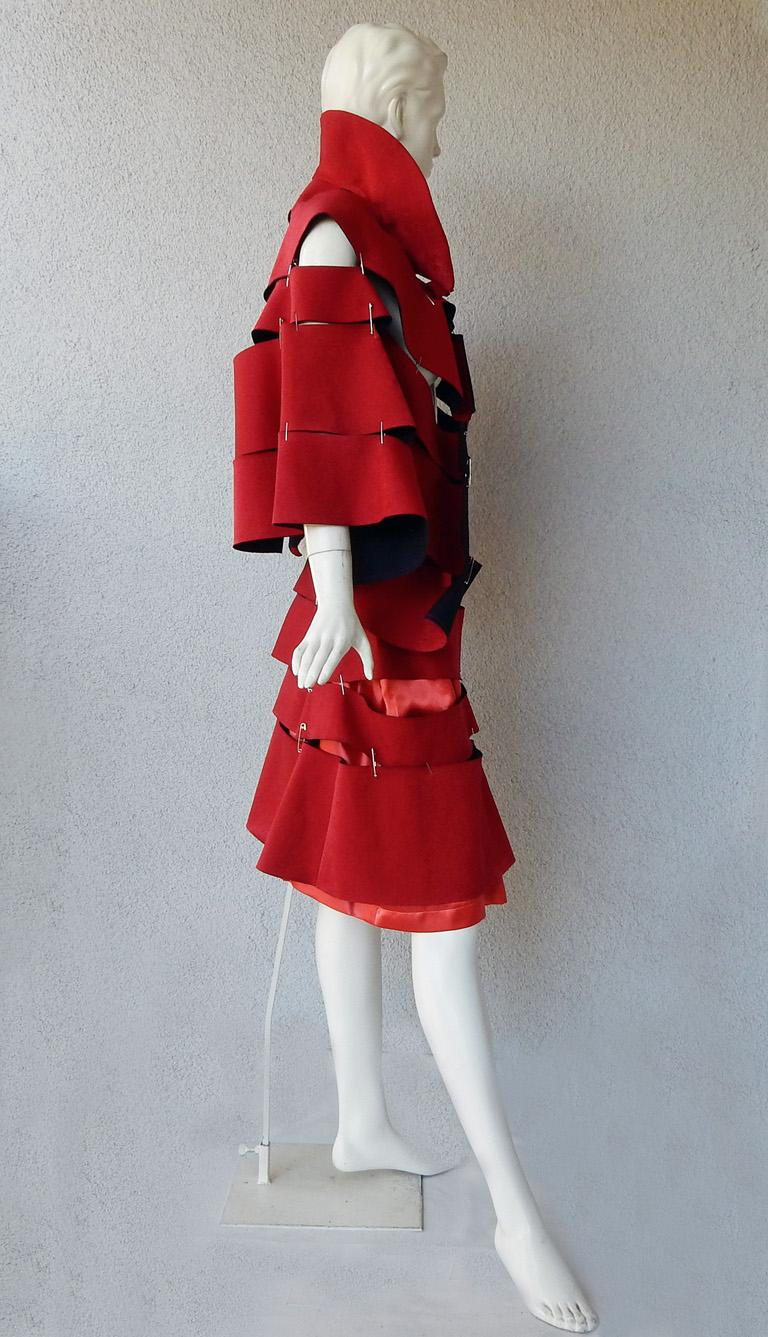 Women's Comme des Garcons 2015 Roses & Blood Explosive Poppy Red Safety-Pin Cape & Skirt For Sale