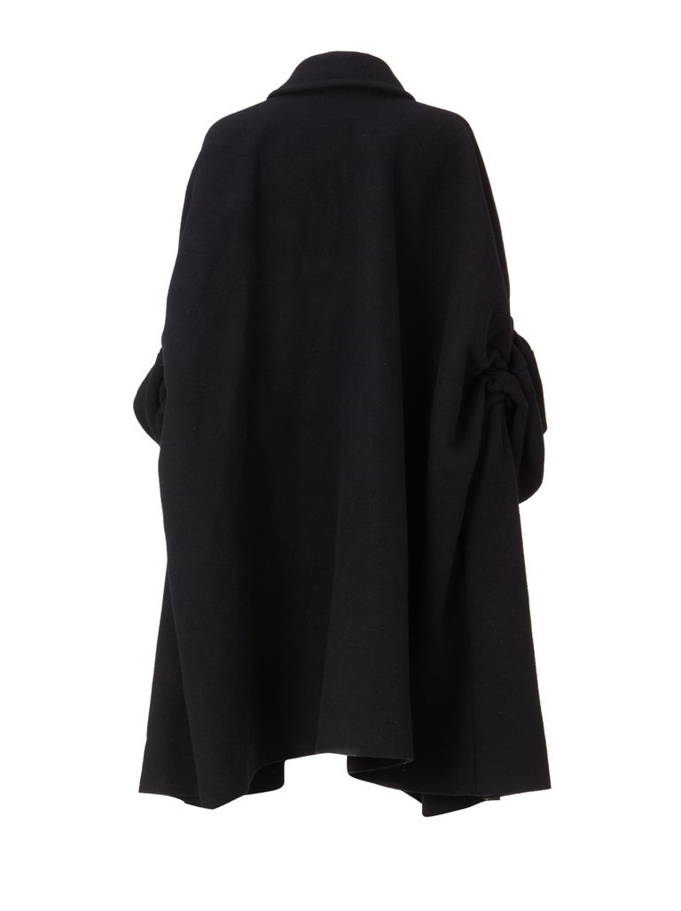 COMME des GARCONS, Black coat, circa 1995 In Excellent Condition For Sale In London, GB