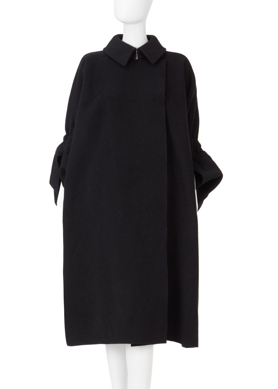 COMME des GARCONS, Black coat, circa 1995 For Sale 2