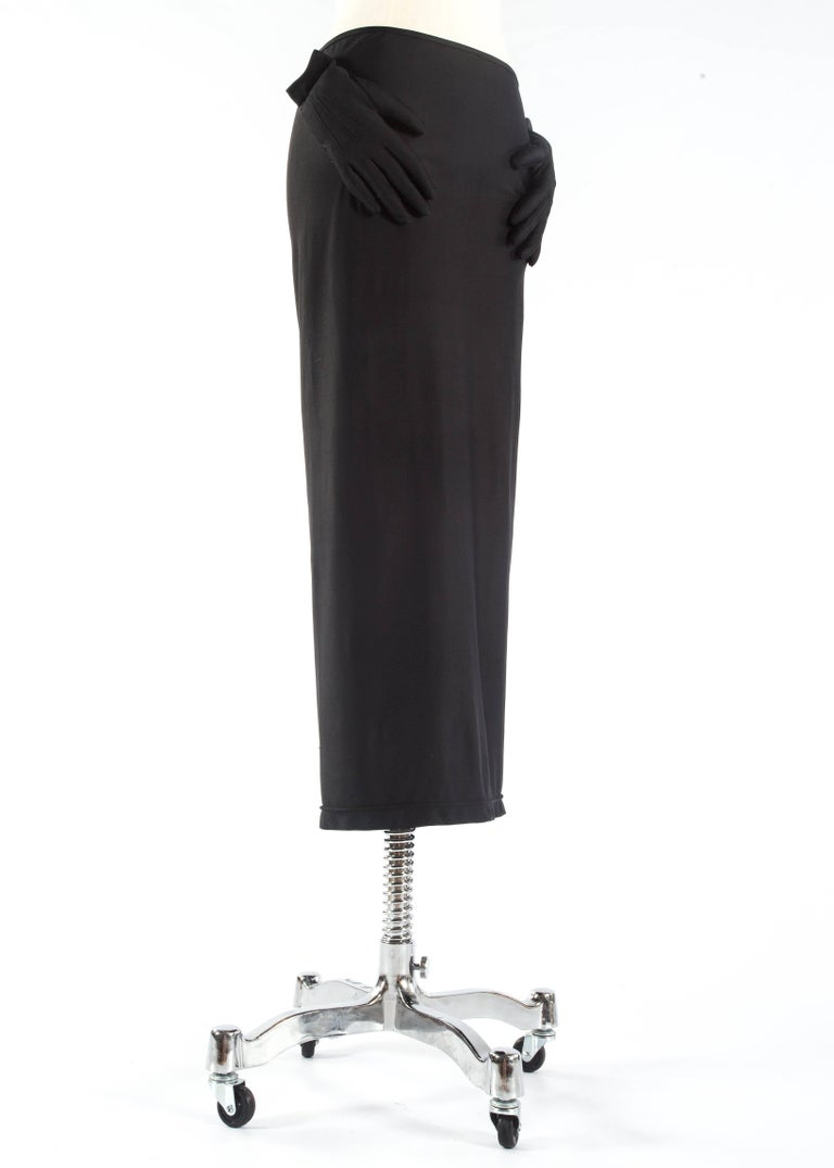 Comme des Garcons black spandex pencil skirt with embossed gloves, aw 2007 In Good Condition For Sale In London, GB